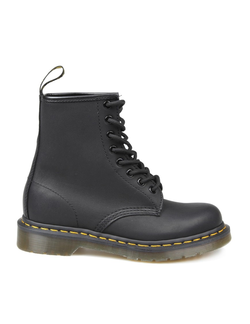 Dr. Martens GREASE LEATHER ANFIBIO COLOR BLACK